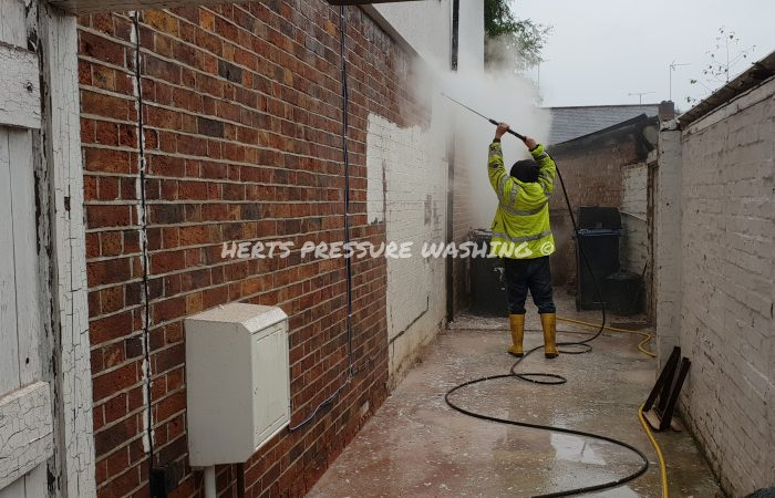Brickwork Cleaning – Herts Pressure Washing